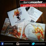CDs or DVDs in custom printed Digipacks and delivery.