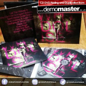 Digipacks with slot and booklet