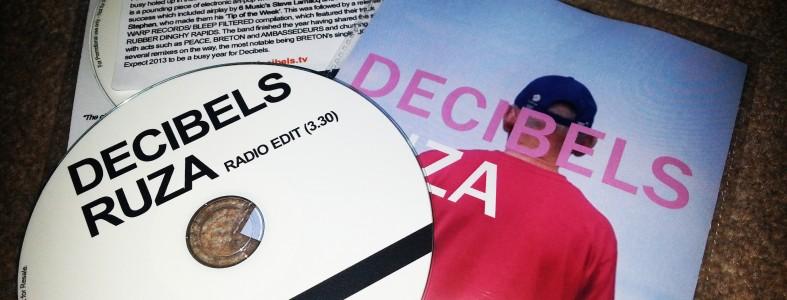 Decibels - Ruza