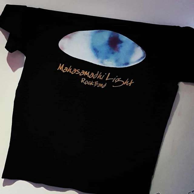 We made a limited run of #tshirts for the #rockband Mahasamadhi Light. The striking #blueeye will certainly stand out when these are being worn. #newmusic #independentmusic #customprinting #garmentprinting #tshirtprinting #merch #merchandise